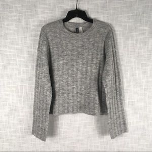 Divided H&M slightly cropped crew neck sweater, M